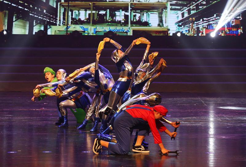 9 舞蹈《车间协奏曲》.jpg